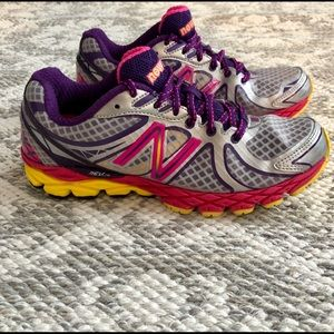 New Balance Running Shoes Sneakers Silver Pink 6.5